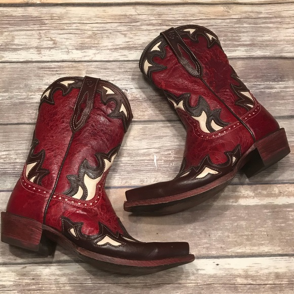 d3bfd26a181f1 ARIAT~10008774~Reina Boot in Red Appy~6.5